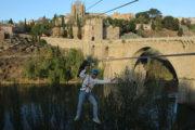Despedida de soltero tirolina urbana en Toledo